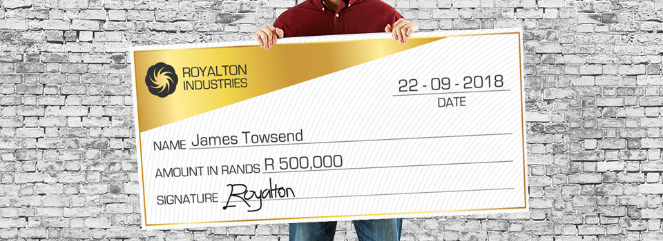 Choose giant cheque printing for novelty & effect